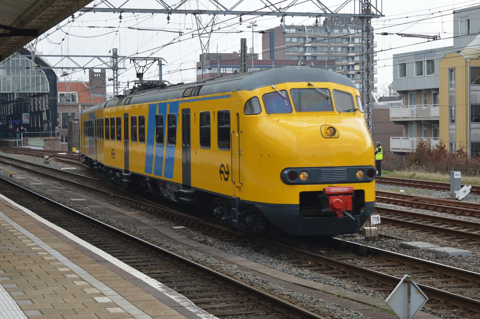 https://treinposities.nl/tn5/37/7d/93/74713_12489_5_377d939a8b69f0b2e9b53b73db353ab1ad739a80a5d222eb1456c39a0a3fdaf4.jpg