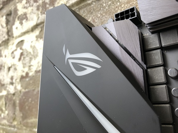 http://techgaming.nl/image_uploads/reviews/Asus-ROG-Strix-H370-F/bestand%20(6).jpg
