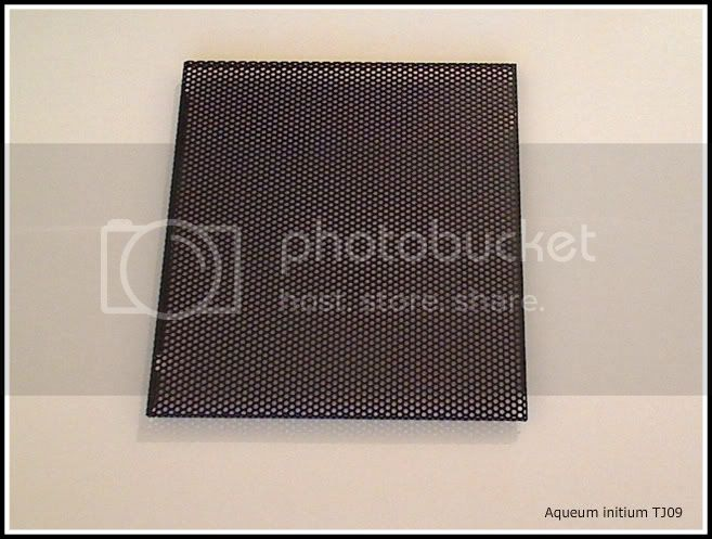 http://i1081.photobucket.com/albums/j354/UgotHeinzzd/Modding%20my%20TJ09/Picture54.jpg