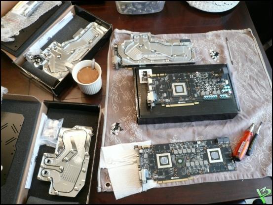 http://www.l3p.nl/files/Hardware/Raz3rD3sk/Progress/59%20%5B550xl3p%5D.JPG
