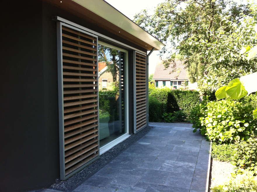 https://www.architectengilde.nl/wp-content/uploads/2012/06/schuif-frame-raam-hout.jpg
