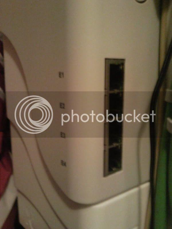http://i17.photobucket.com/albums/b94/timberleek/Foto0718.jpg