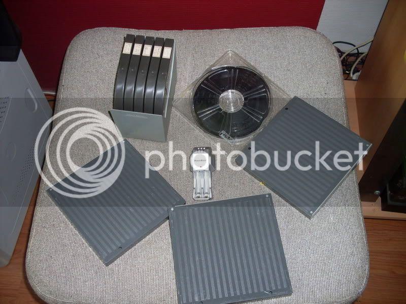 http://i445.photobucket.com/albums/qq174/bodemjager/Rommelmarkt%20Voorst%2007%2005%202011/SDC14017.jpg