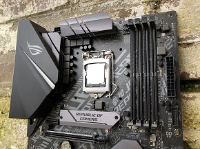 http://techgaming.nl/image_uploads/reviews/Asus-ROG-Strix-H370-F/low1.jpg
