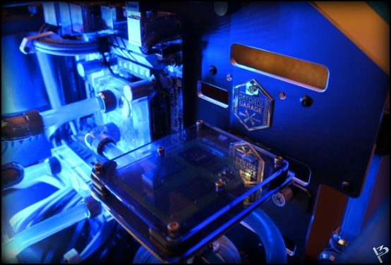 http://www.l3p.nl/files/Hardware/L3peau/Buildlog/187%20%5B550xl3pw%5D.JPG