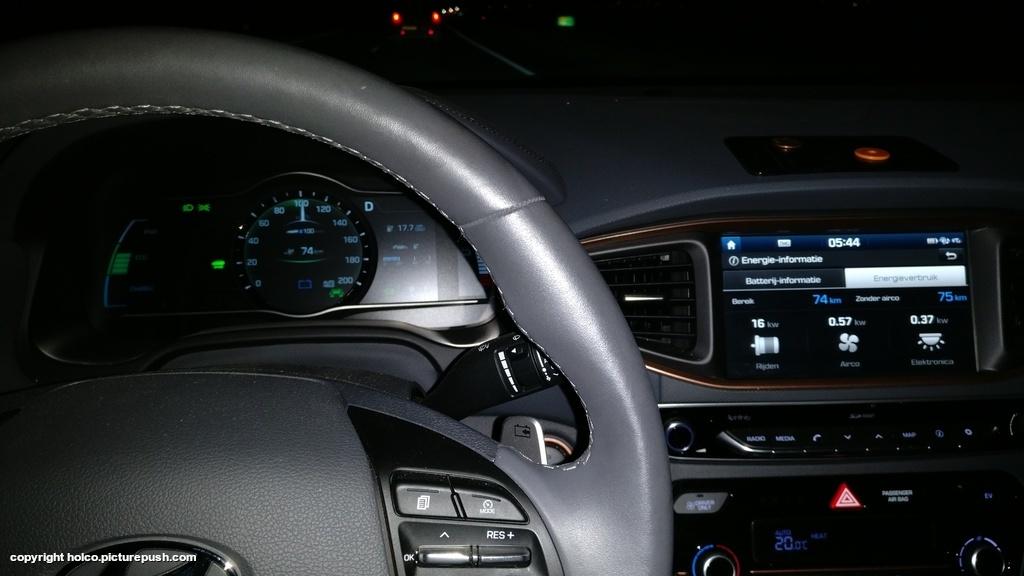 https://www1.picturepush.com/photo/a/15928791/1024/Hyundai-Ioniq-Electric/IMG-20171207-054539.jpg
