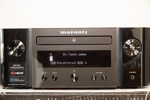 http://www.nl0dutchman.tv/reviews/marantz-m-cr612/1-120.jpg
