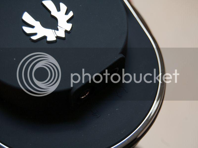 http://i1269.photobucket.com/albums/jj583/ianovski/Bitfenix%20Flo/8_zps817e41b1.jpg~original