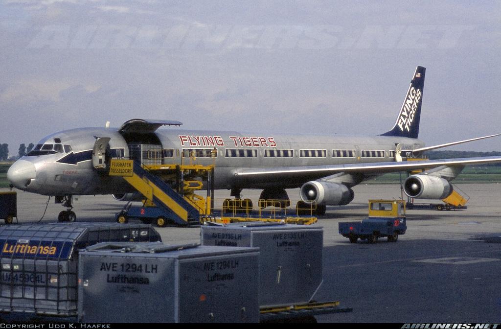 http://cdn-www.airliners.net/aviation-photos/photos/7/1/7/1477717.jpg