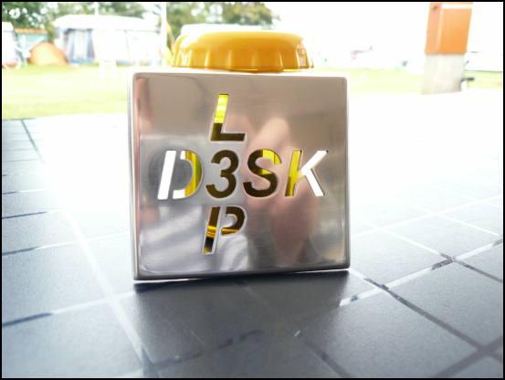http://www.l3p.nl/files/Hardware/Deskmod/Progress/550px/P1030661%20%5B550x%5D.JPG