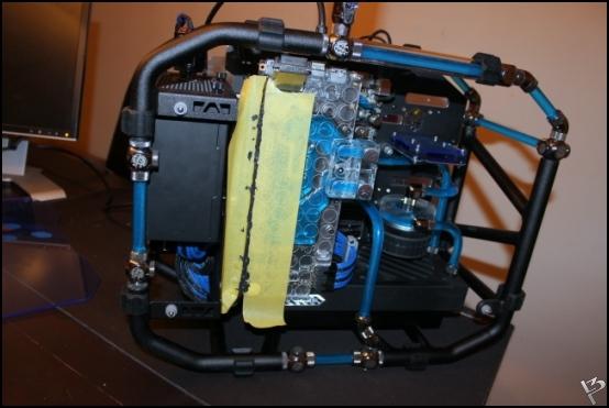 http://www.l3p.nl/files/Hardware/L3peau/Buildlog/183%20%5B550xl3pw%5D.JPG