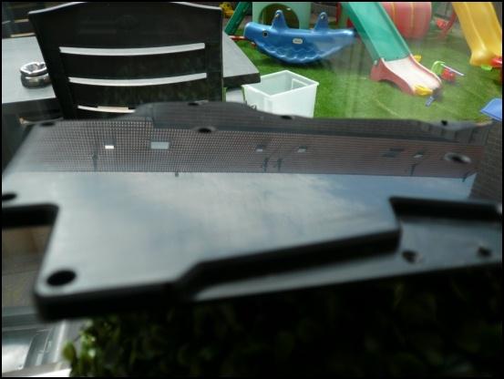 http://www.l3p.nl/files/Hardware/L3pL4n/Asus%20MARS%20II/Custom%20Block/161%20%5B550x%5D.JPG