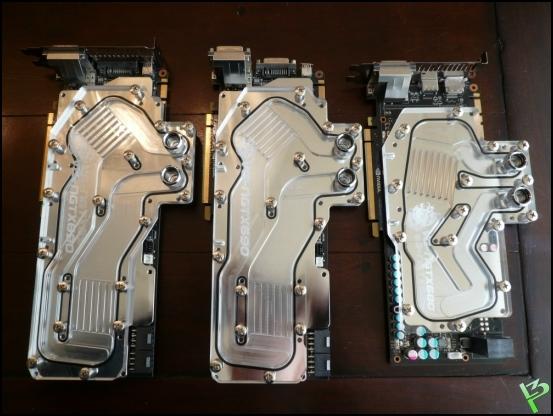 http://www.l3p.nl/files/Hardware/Raz3rD3sk/Progress/63%20%5B550xl3p%5D.JPG