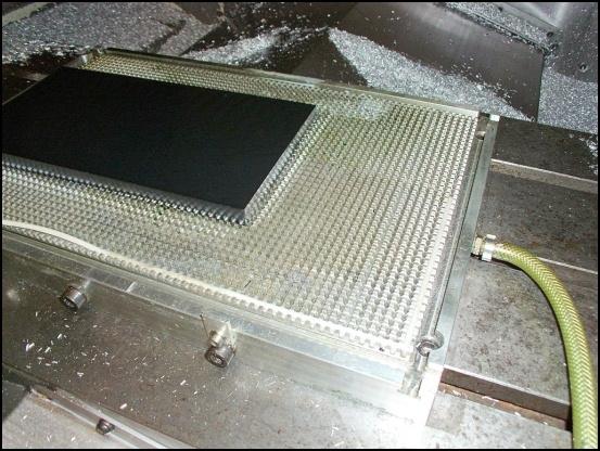 http://www.l3p.nl/files/Hardware/L3pL4n/Asus%20MARS%20II/Custom%20Block/47%20%5B550x%5D.JPG