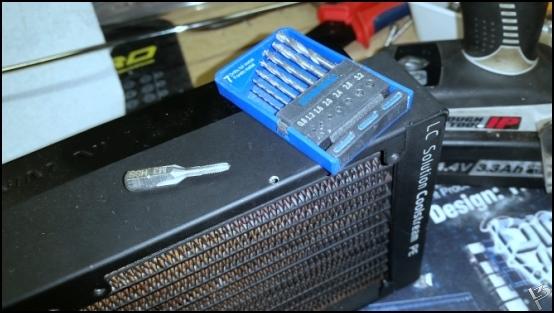 http://www.l3p.nl/files/Hardware/L3peau/Buildlog/98%20%5B550xl3pw%5D.JPG