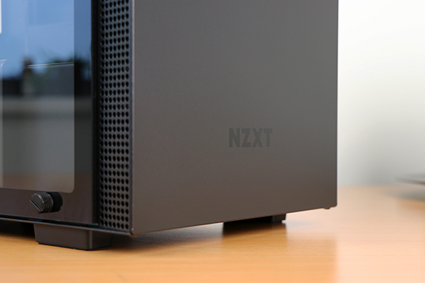 https://www.techtesters.eu/pic/NZXTH200I/305.jpg