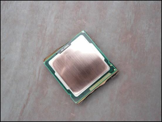 http://www.l3p.nl/files/Hardware/Cpu-lapping-2/550px/P1070942%20%5B550x%5D.JPG