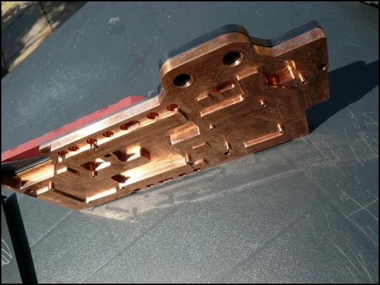 http://www.l3p.nl/files/Hardware/L3pL4n/Asus%20MARS%20II/Custom%20Block/106%20%5B550x%5D.JPG