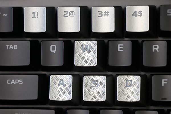 https://www.techtesters.eu/pic/HYPERXALLOYELITERGB/344.jpg