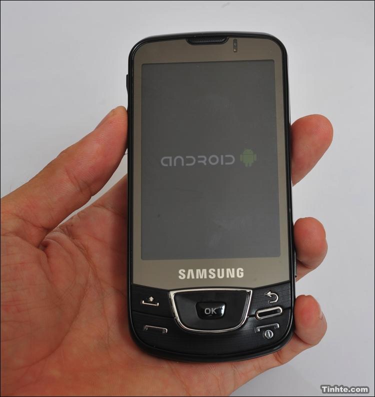 http://phandroid.com/wp-content/uploads/2009/04/samsung-i7500-2.jpg