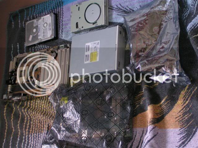 http://img.photobucket.com/albums/v202/Gnuitenjong/PICT0013.jpg