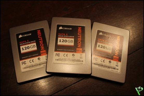 http://www.l3p.nl/files/Hardware/Raz3rD3sk/Progress/120%20%5B550xl3p%5D.JPG