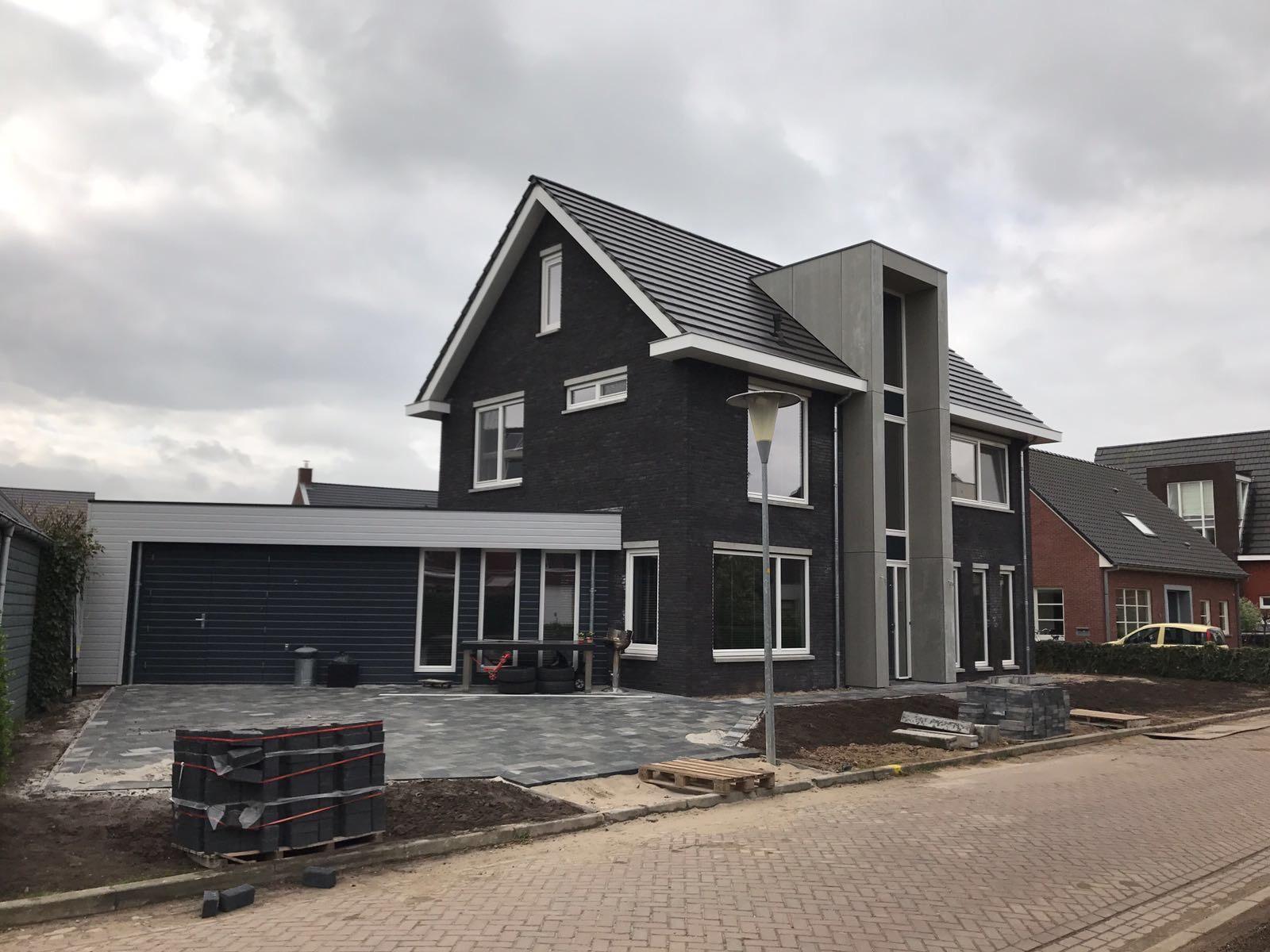 http://uploads.metsander.nl/huis-1-20170727.JPG
