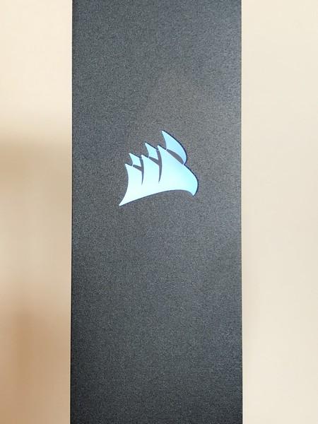 http://www.nl0dutchman.tv/reviews/corsair-mic-stand/2-38.jpg