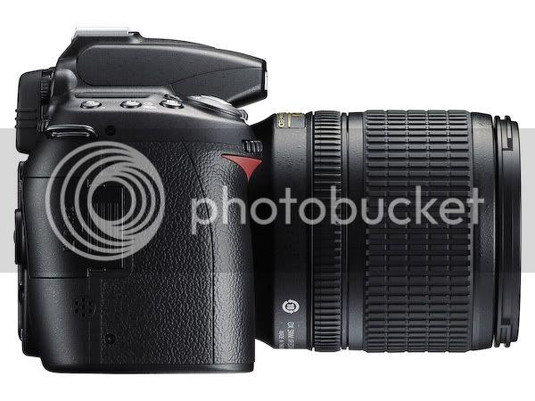 http://i173.photobucket.com/albums/w49/mobyrick/D90_18_105VR_right_l.jpg