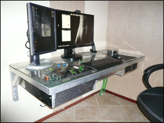 http://www.l3p.nl/files/Hardware/Deskmod/Progress/550px/P1030799%20%5B550x%5D.JPG