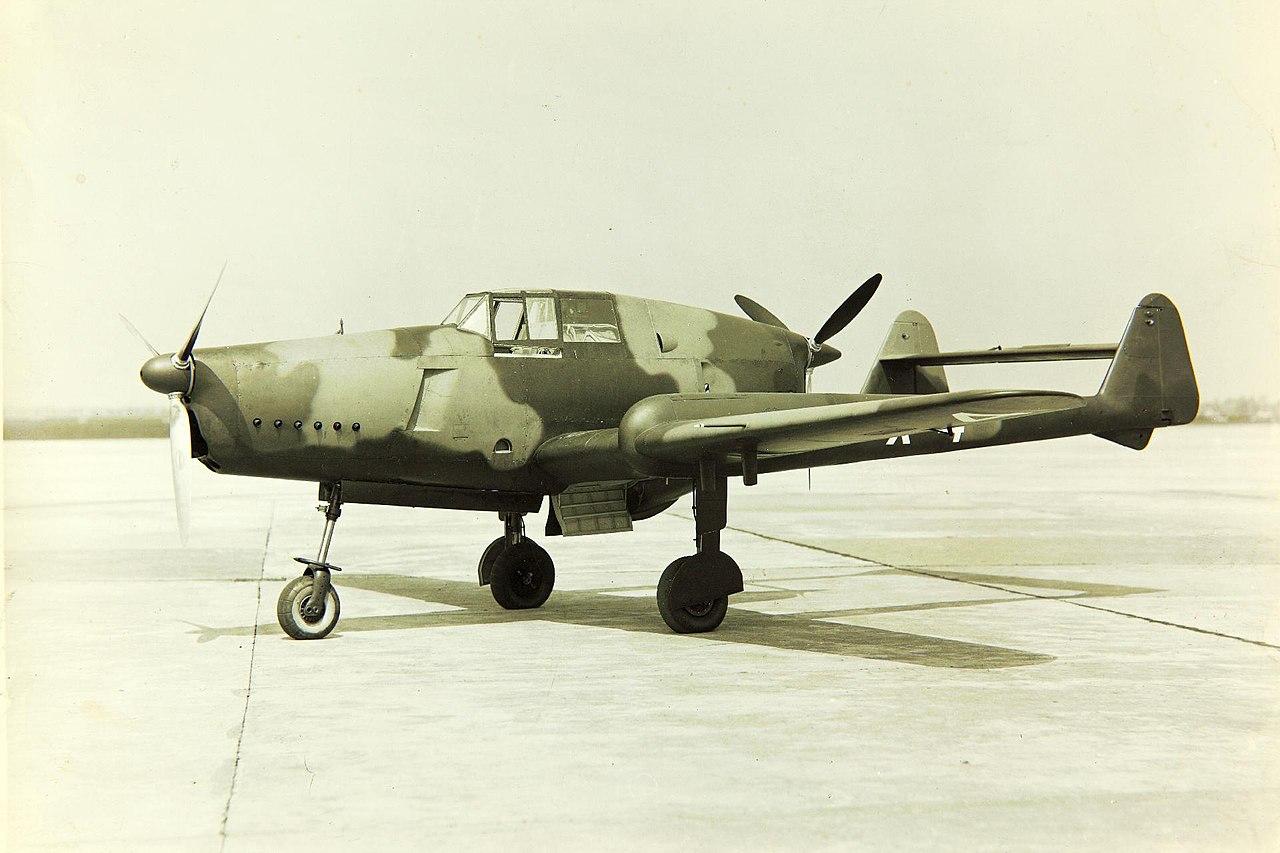 https://upload.wikimedia.org/wikipedia/commons/thumb/e/e5/Fokker_D.XXIII.jpg/1280px-Fokker_D.XXIII.jpg