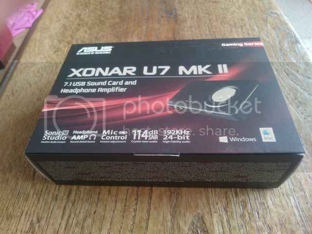 http://i1274.photobucket.com/albums/y439/RobinKuijp/Tweakers%20Product%20reviews%20etc/Asus%20u7%20review/DSC_0152_zpscxepyfqq.jpg