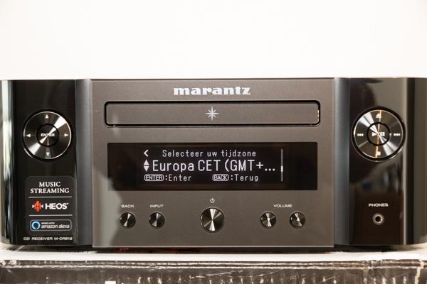 http://www.nl0dutchman.tv/reviews/marantz-m-cr612/1-71.jpg
