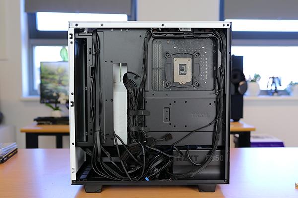 https://www.techtesters.eu/pic/NZXTH500/513.jpg