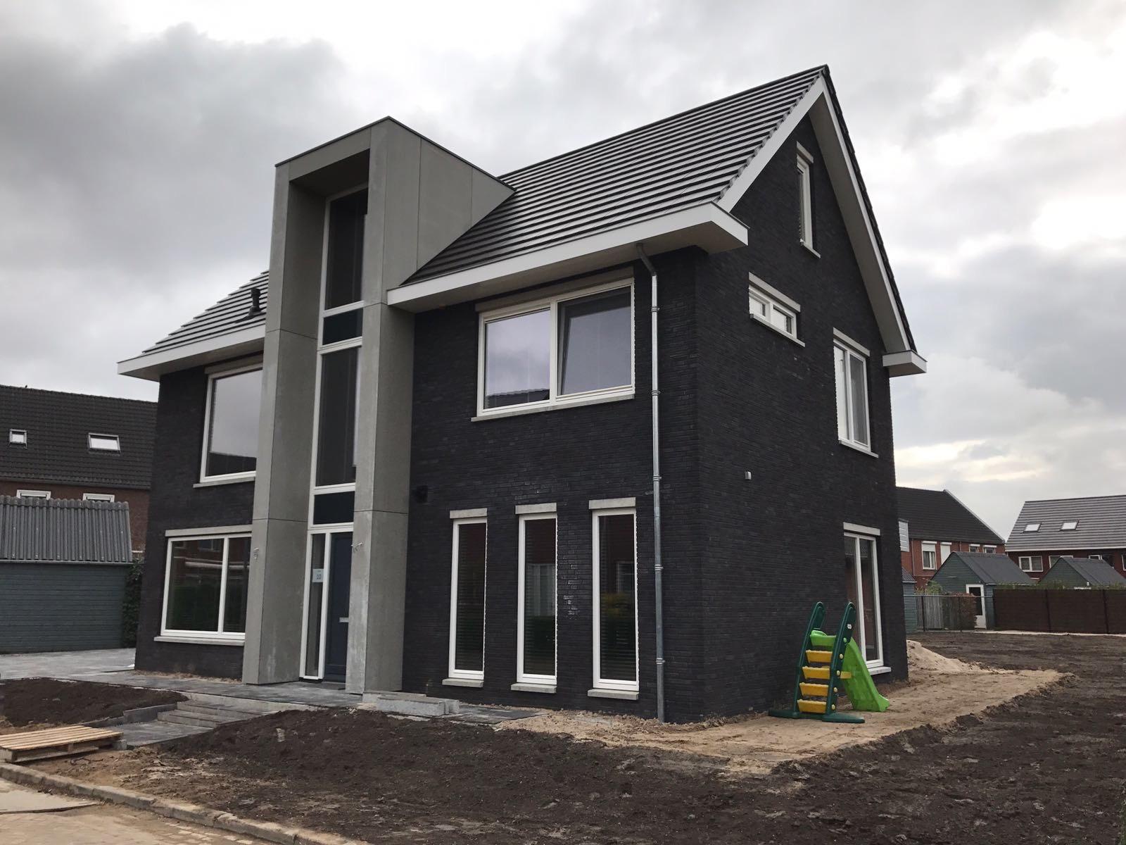 http://uploads.metsander.nl/huis-2-20170727.JPG