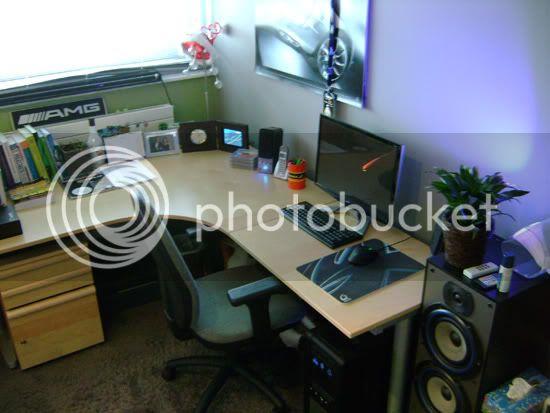 http://i885.photobucket.com/albums/ac53/retroverkoop/Room/DSC04525.jpg