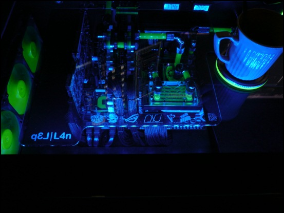 http://www.l3p.nl/files/Hardware/L3pL4n/550/P1090895%20%5B550x%5D.JPG