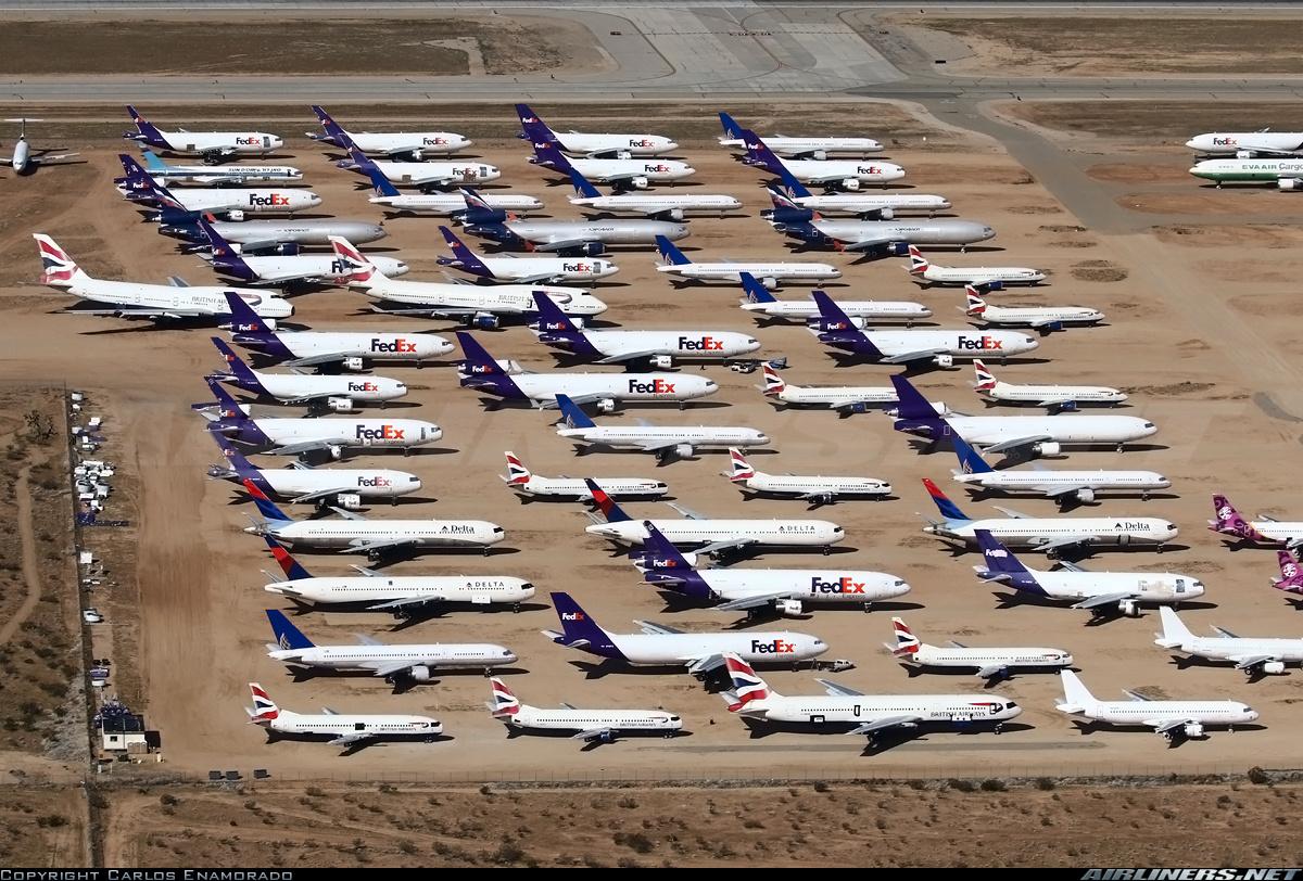 http://cdn-www.airliners.net/aviation-photos/photos/0/0/8/2619800.jpg