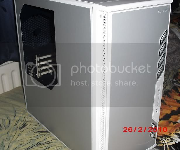 http://i703.photobucket.com/albums/ww40/evil_homer/CIMG1310.jpg