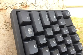 http://techgaming.nl/image_uploads/reviews/CM-MasterKeys-S/low3.JPG