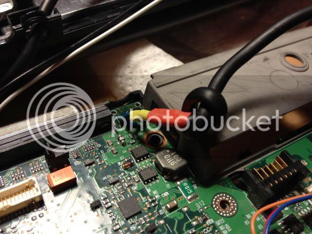 http://i166.photobucket.com/albums/u91/sjieto/laptop14.jpg