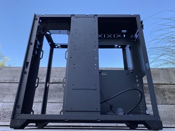 https://techgaming.nl/image_uploads/reviews/Metallic-Gear-Neo-Qube/Neo-Qube%20(23).JPEG