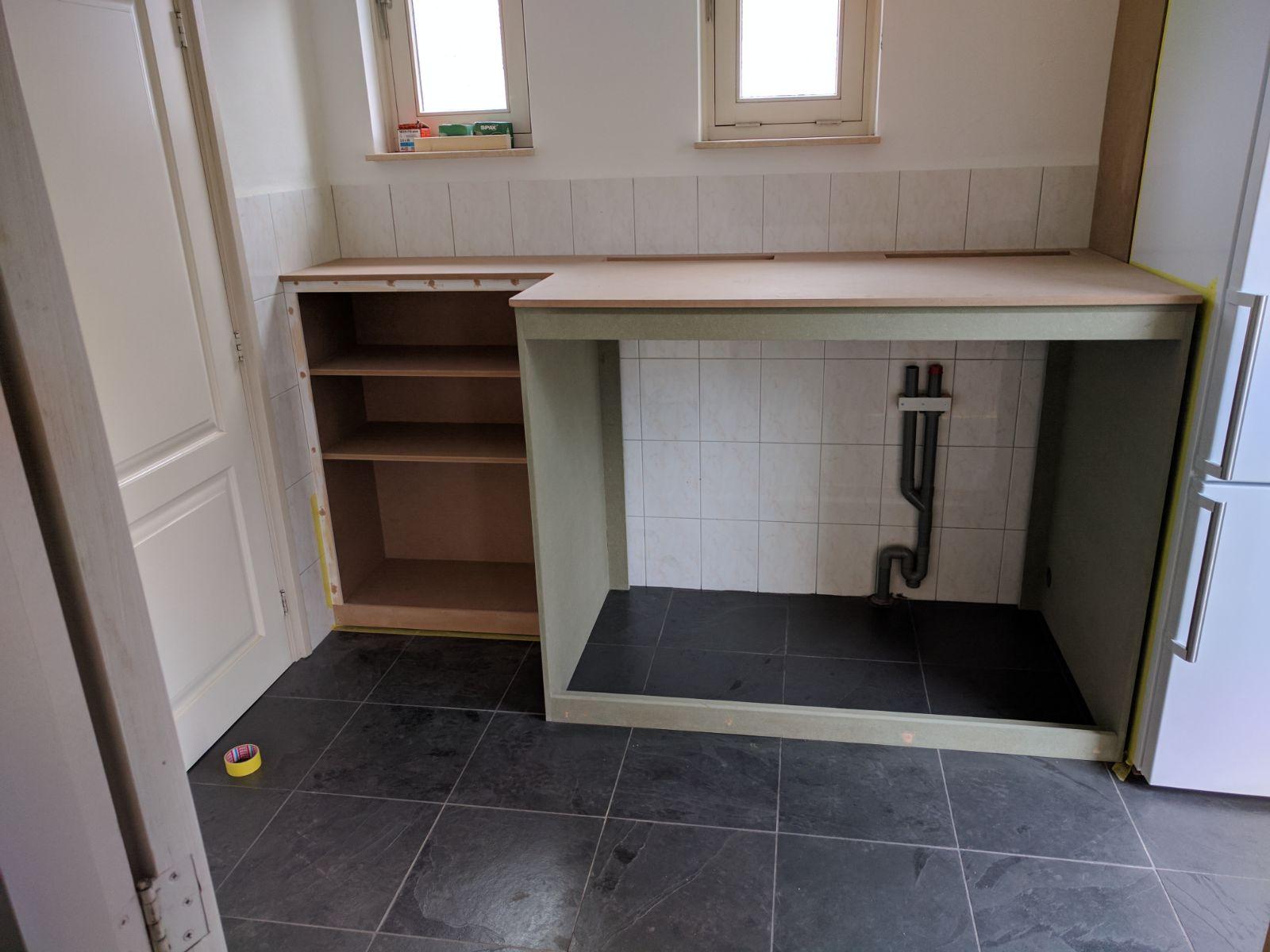 https://huis.harriedelaat.nl/m38/wasmachinekast/images/03_Wasmachinekast.jpg