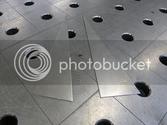 http://i1092.photobucket.com/albums/i417/perzikdrank/19jan13-2.jpg