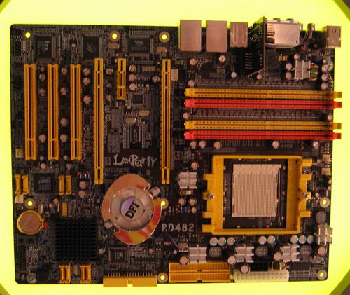 http://images.anandtech.com/reviews/tradeshows/2005/Computex/preshow/RD480.jpg