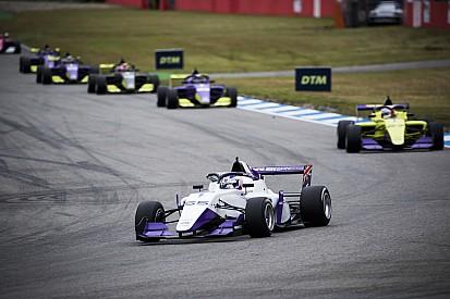 https://cdn-1.motorsport.com/images/amp/YBeglzz2/s2/jamie-chadwick-1.jpg