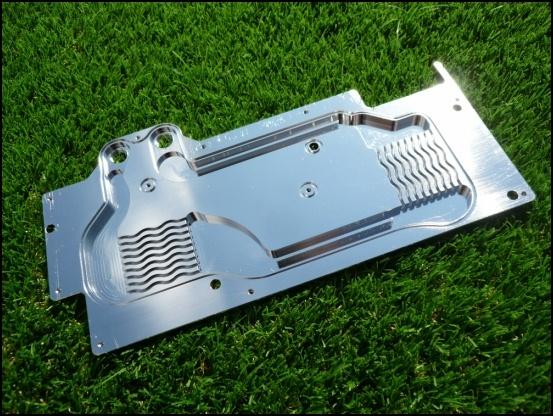 http://www.l3p.nl/files/Hardware/L3pL4n/Asus%20MARS%20II/Custom%20Block/152%20%5B550x%5D.JPG