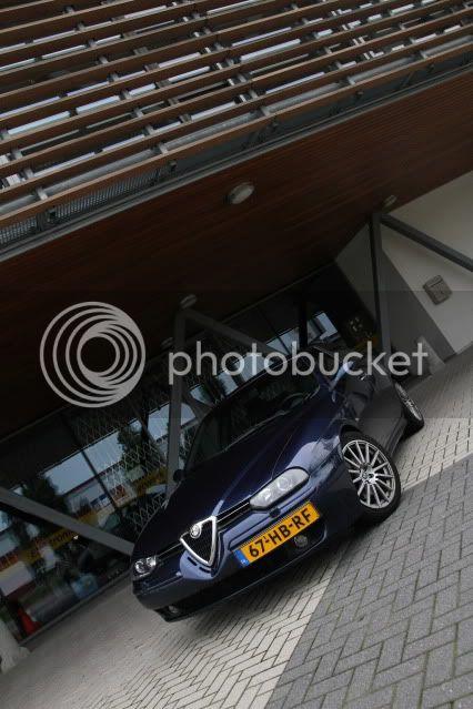 http://i109.photobucket.com/albums/n73/k0ewl/Cars/Alfa%20Romeo%20156%20V6%202001/Overview/IMG_4054.jpg