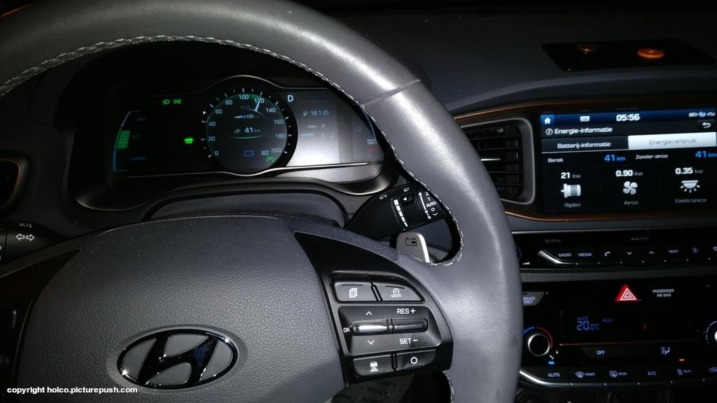 https://www1.picturepush.com/photo/a/15928787/1024/Hyundai-Ioniq-Electric/IMG-20171207-055833.jpg