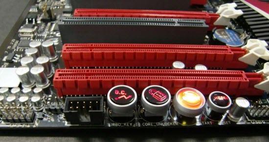 http://www.hitechreview.com/uploads/2010/04/ASUS-ROG-Crosshair-IV-Formula-1.jpg